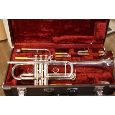 Trompet Yamaha YTR4435  C/ Bb  zilver